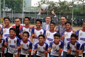Tim Sepakbola Hansaplast TopSkor Indonesia U-14 Tanding ke China
