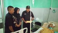 Tim TCT PSHT Lambar Serahkan Bantuan untuk Korban Kecelakaan