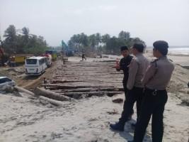 Tinjau Lokasi Jalan Putus, DPRD Pesisir Barat Akan Panggil Dinas PUPR