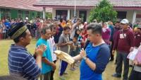 Tinjau Pulau Legundi, Dendi Salurkan Bantuan Korban Bencana
