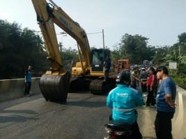 TNI, Polri dan Pemkab Pantau Pelaksanaan Perbaikan Jembatan Way Umpu