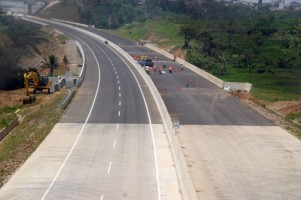 Tol Trans Jawa MasihSepi karena Mahal