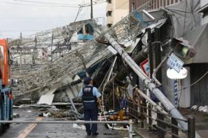 Topan Jebi Tewaskan Dua Orang di Jepang