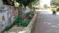 Trotoar di Jalan Mangga Besar Kotabumi Kondisinya Memprihatinkan