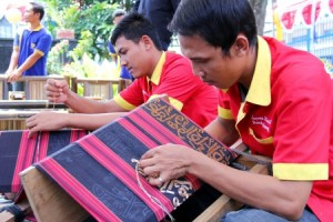 Tujuh Desa di Lampura Didorong Sebagai Kawasan Pengembangan Kerajinan Tapis