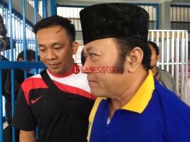 Tunggu Sidang, Zainudin Hasan Dititipkan ke LP Rajabasa