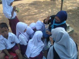 UKM Maharipal Dorong Siswa SD Kurangi Sampah Plastik