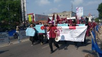 Unjuk Rasa, Puluhan Massa dari PC IMM Datangi Kantor Pemkot Metro