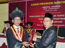 Wakil Ketua III STIT Pringsewu Raih Gelar Doktor