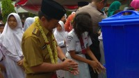 Walikota Herman HN Ingatkan Siswa – siswi SDN2 Rawa Laut Tentang Kebersihan dan Kesehatan