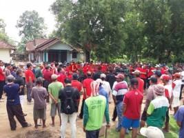 Warga 4 Kampung di Seputih Mataram Kompak Gotong Royong