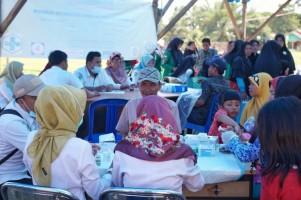 Warga Antusias Jalani Pemeriksaan Kesehatan Gratis dalam Perayaan HUT RI oleh Dinkes Pesibar