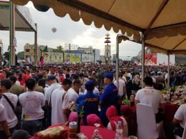 Warga Lampung Padati Milenial Road Safety Festival di Tugu Adipura