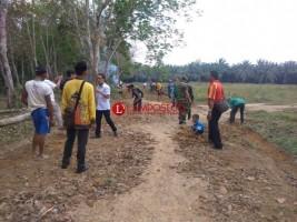 Warga Desa Kemalo Abung Bangun 11 Unit Gorong-Gorong