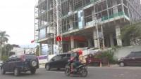 Warga Enggal Keluhkan Proses Pembangunan Hotel Mercure