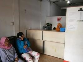 Warga Keluhkan Fasilitas Ruang Tunggu Disdukcapil Pesisir Barat