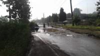 Warga di Kotabumi Selatan Keluhkan Jalan Rusak