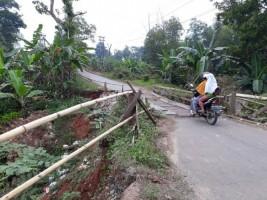 Warga Minta Jembatan Penghubung Metro - Lamtim di Tejosari Dibangun Permanen