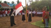 Warga Perumahan Sejahtera Gelar Upacara Bendera