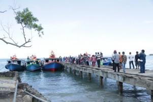 Warga Pulau Sebesi Senang Bisa Pulang ke Kampung Halaman