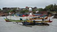 Warning, Gelombang Laut di Pelabuhan Krui Capai 2,2 Meter