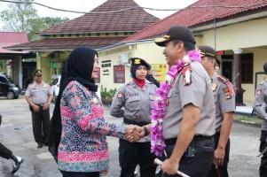 Winarti Antusias Sambut Kapolda Lampung