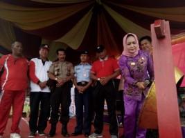 Winarti Janjikan Jalan-jalan Bagi Pemenang O2SN dan FLS2N di Tulangbawang