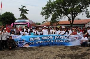Witel Lampung Lepas Peserta BUMN Mudik Bareng 2019