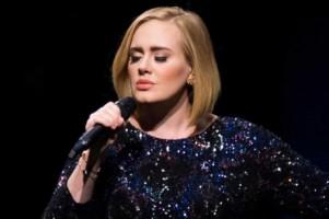 Wow! Adele Selebritas Terkaya di Inggris