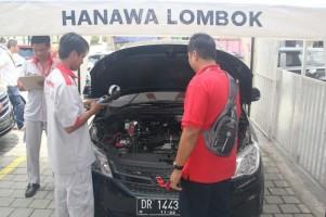 Wuling Beri Bantuan dan Layanan Gratis di Lombok