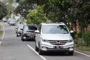 Wuling Cortez Raih Penghargaan Best of Medium MPV Gasoline