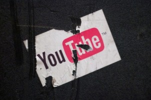 YouTube Blokir Video Kekerasan dan Konspirasi
