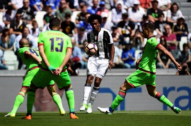 LAMPUNG POST | Juventus Permanenkan Cuadrado dengan Mahar Rp299 Miliar