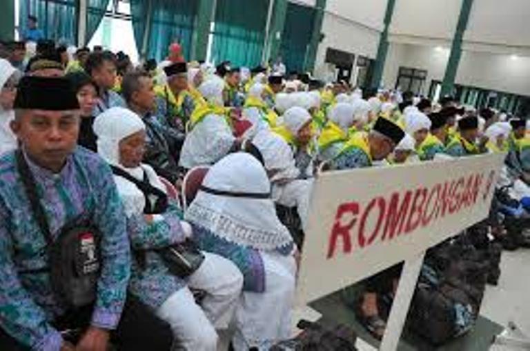 LAMPUNG POST   484 Jamaah Calon Haji Asal Pringsewu Berangkat Awal Agustus