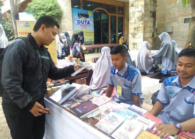LAMPUNG POST | UKM Islam Arrahman Ramaikan Pentas Islami XI Teknokrat