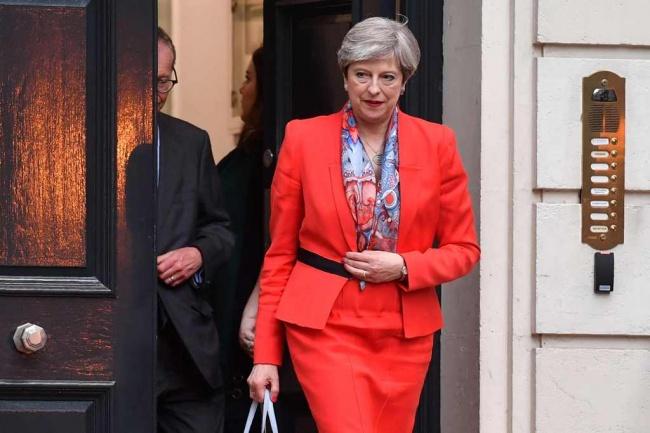 LAMPUNG POST | PM Inggris Dianggap Kalah Taruhan Politik