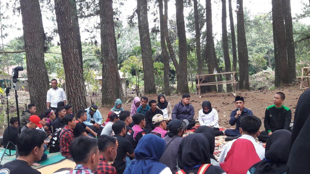 LAMPUNG POST | Pemuda Diajak Lestarikan Ekowisata Hutan Pinus di Sumberjaya