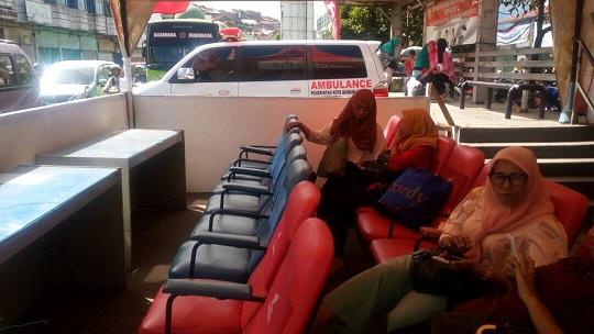Ambulan Siaga di 9 Posko Kesehatan