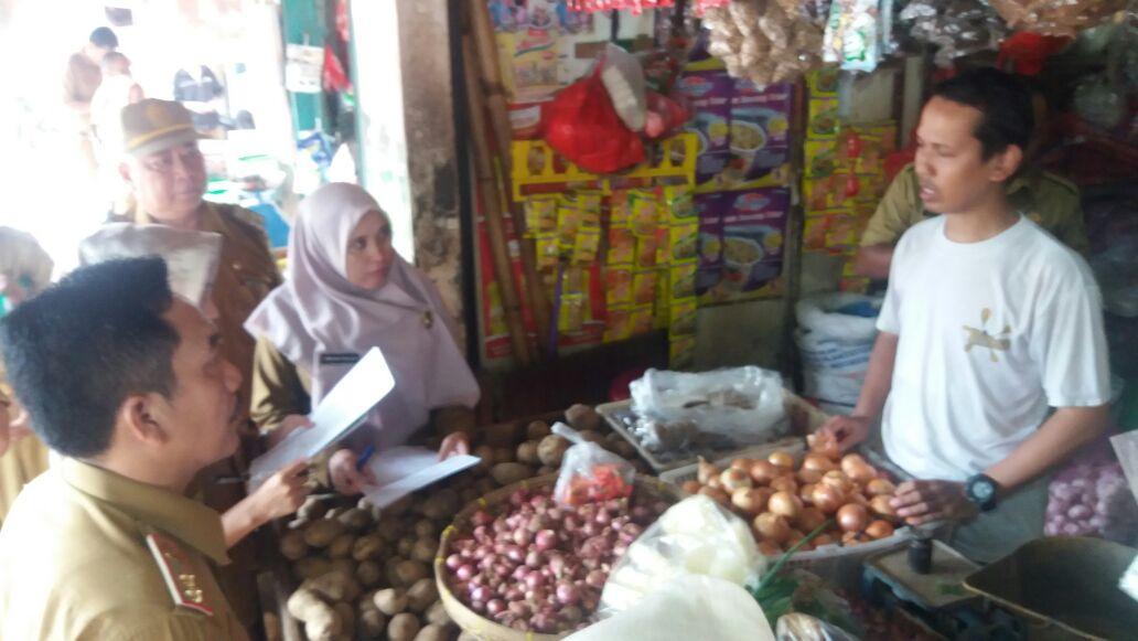 Pastikan Kestabilan Harga Jelang Ramadan, Disdag Kota Sidak Dua Pasar Tradisional