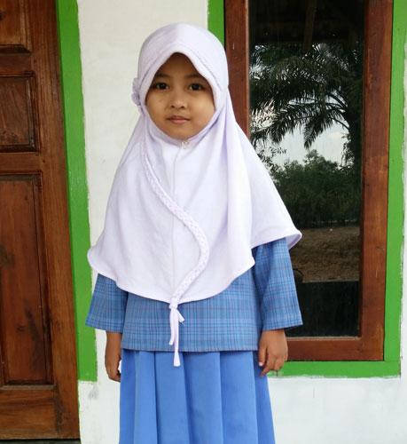 LAMPUNG POST | Wafda Aulia Ramadhani Suka Mengaji