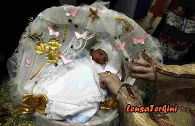 LAMPUNG POST | Nabor Sagun, Upacara Menyambut Bayi