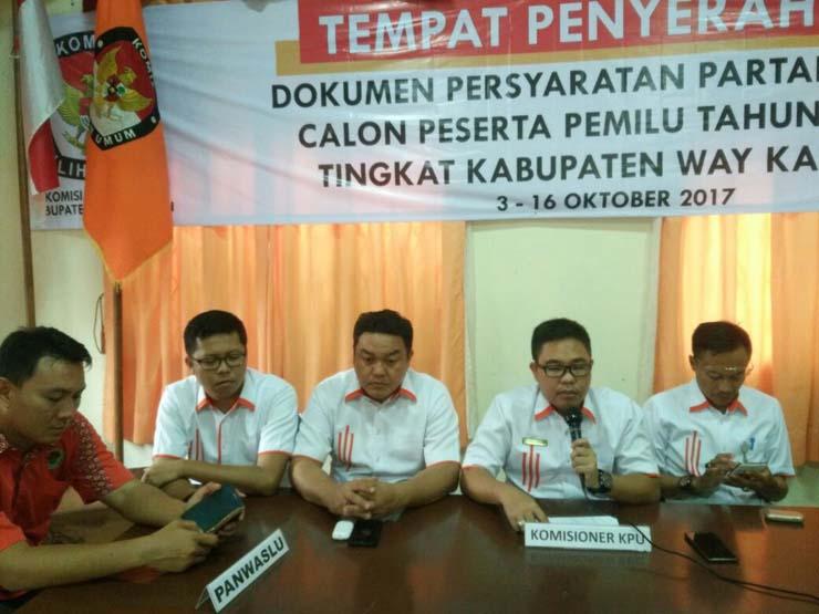 KPU Way Kanan Bantah Temuan Panwaslu Terkait Pelanggaran PPDP