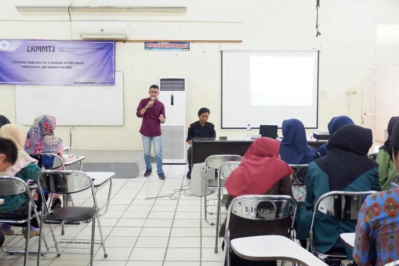 LAMPUNG POST | HMJ Sosiologi Unila Gelar Latihan Kepemimpinan Manajemen