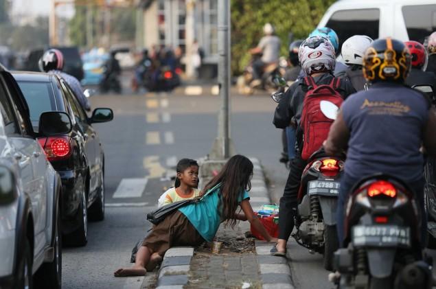 LAMPUNG POST | Jelang Ramadan Satpol PP Intensifkan Razia Pengemis, Anak Jalanan, dan Pengamen