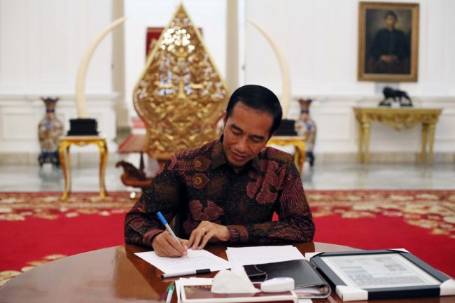LAMPUNG POST   Jokowi Sambut Kedatangan Perwakilan Bank Dunia di Istana Bogor