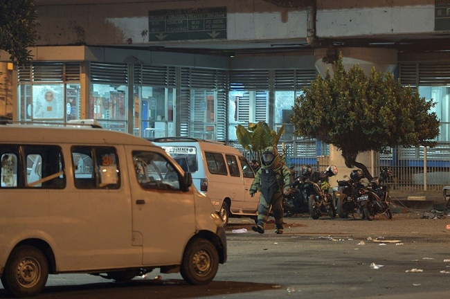 LAMPUNG POST | ISIS Bertanggung Jawas atas Serangan Bom di Kampung Melayu