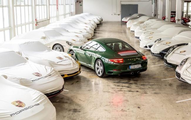 LAMPUNG POST | Porsche Menuju 1 juta Unit