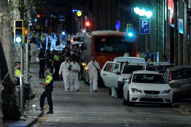 LAMPUNG POST | Polisi Spanyol Terus Buru Otak Serangan Barcelona