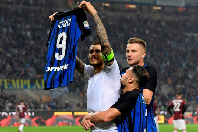 LAMPUNG POST | Icardi Hattrick, Inter Kuasai Derbi Milan