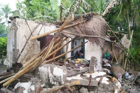 Puting Beliung dan Banjir Landa Lampung Timur, 3 Orang Tertimpa Rumah Roboh